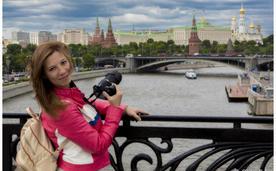 Портрет на фоне Кремля