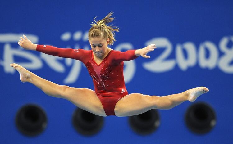Рекомендации по фотосъемке спортивных мероприятий, танцев в помещении